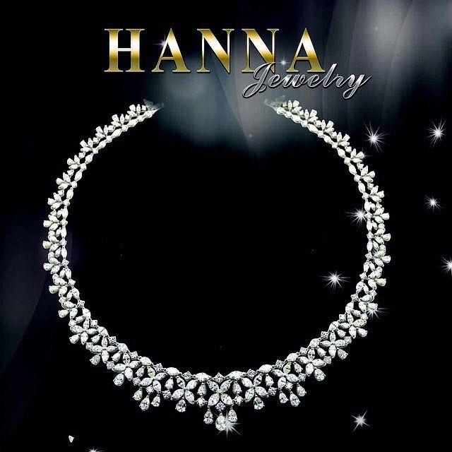 Hanna Jewelry At Jewellery Salon Exhibition 2017 The Most Luxurious Jewellery Watches Exhibition In Saudi Arabia It Is An Diamond Jewelry Diamond Necklace