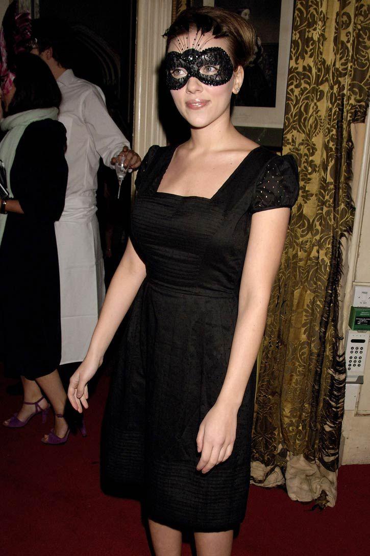 f006437b270e Samantha Peach Masks: Photo   Samantha peach   Scarlett Johansson ...