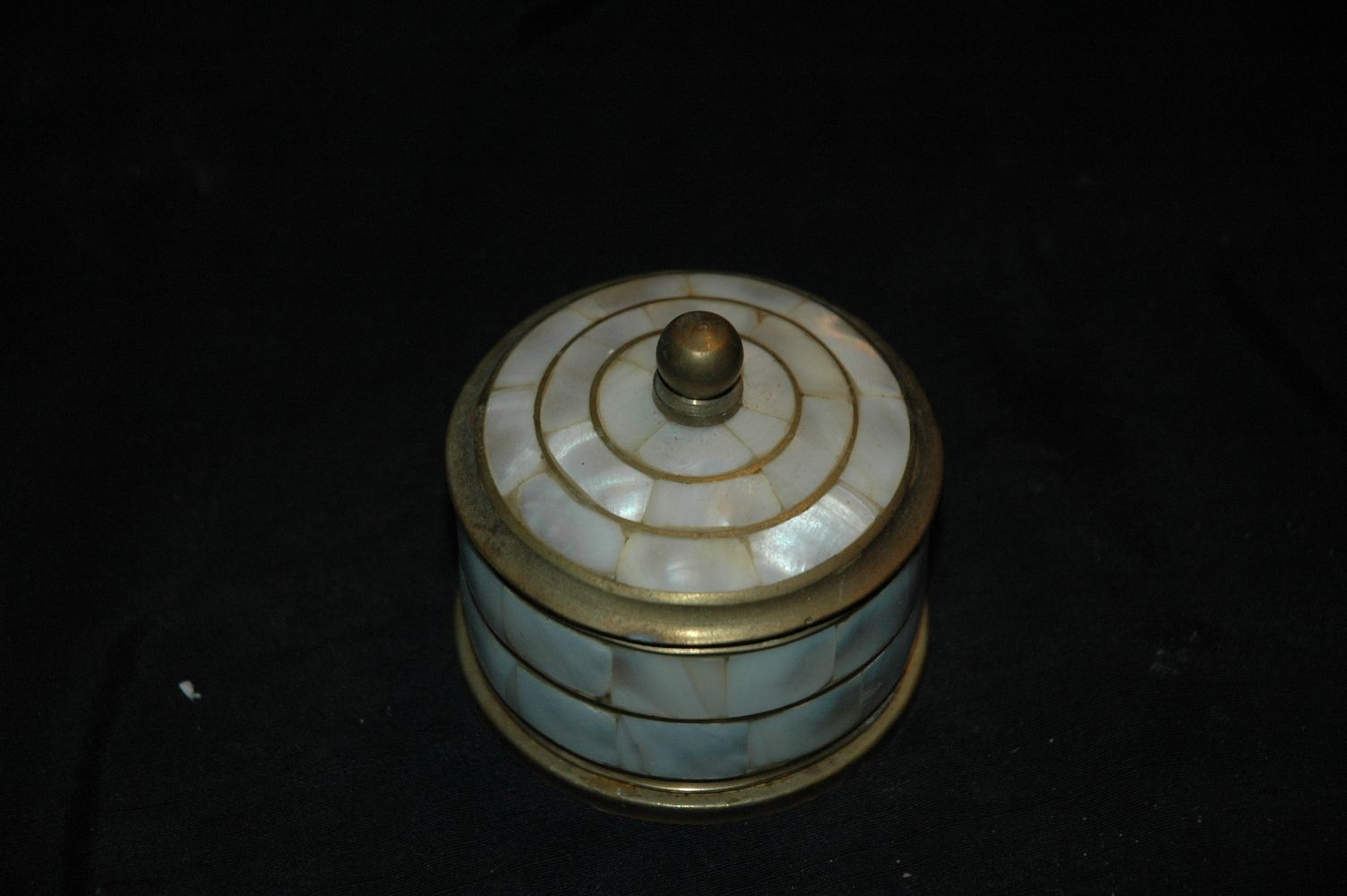 Trinket Box Mother of Pearl and Brass MADE IN INDIA http://www.ebay ...