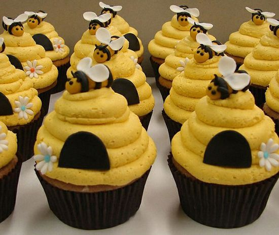 buzzingly busy bees :D Lovely