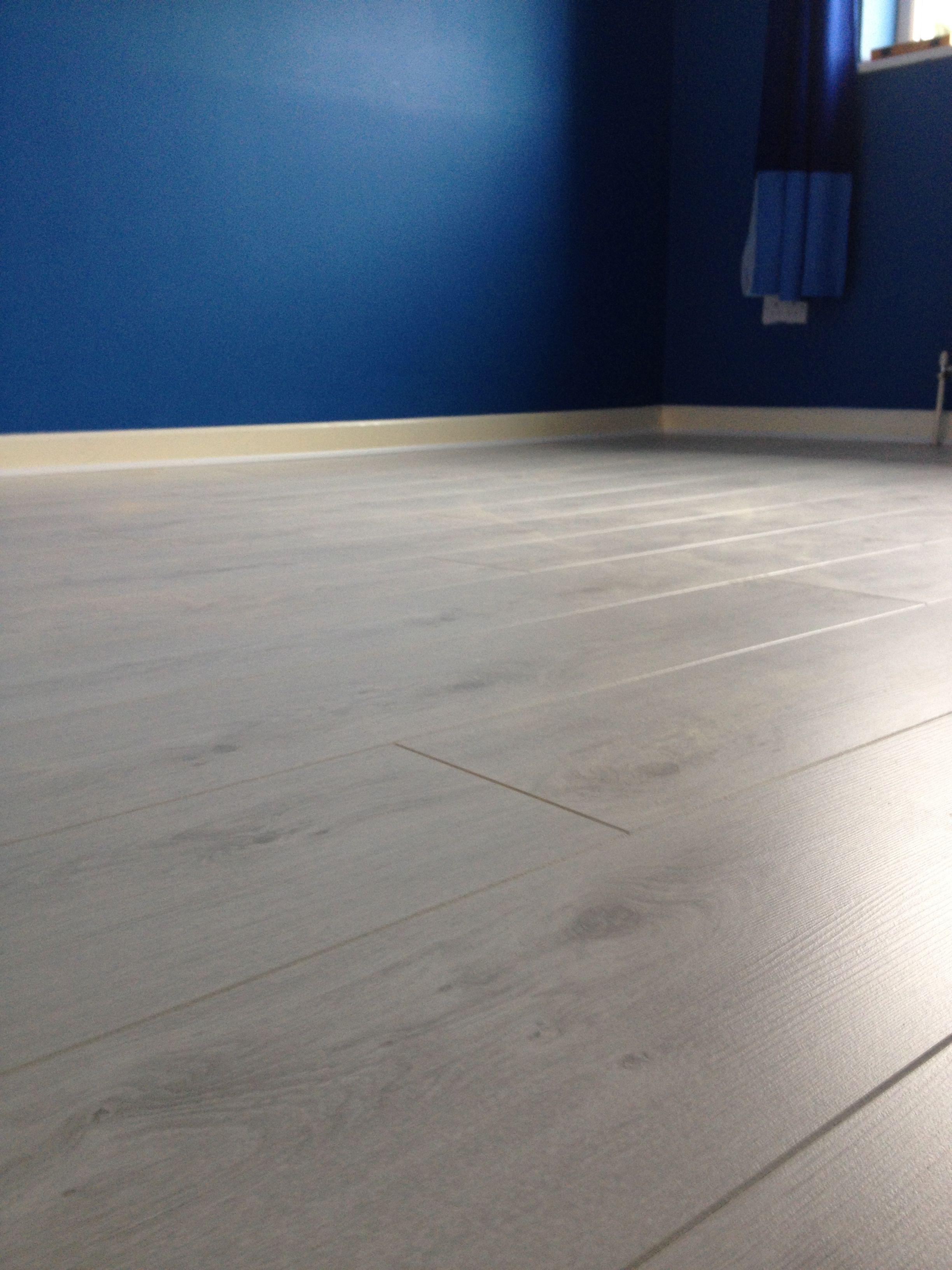 Big Flat Floors Lower Lights Flooring White Laminate