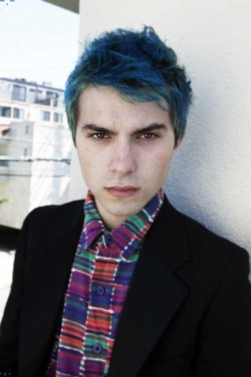 Blaue Und Grüne Haare Farben Auf Jungs Mens Hairstyles Cool Hairstyles Dark Hair Dye