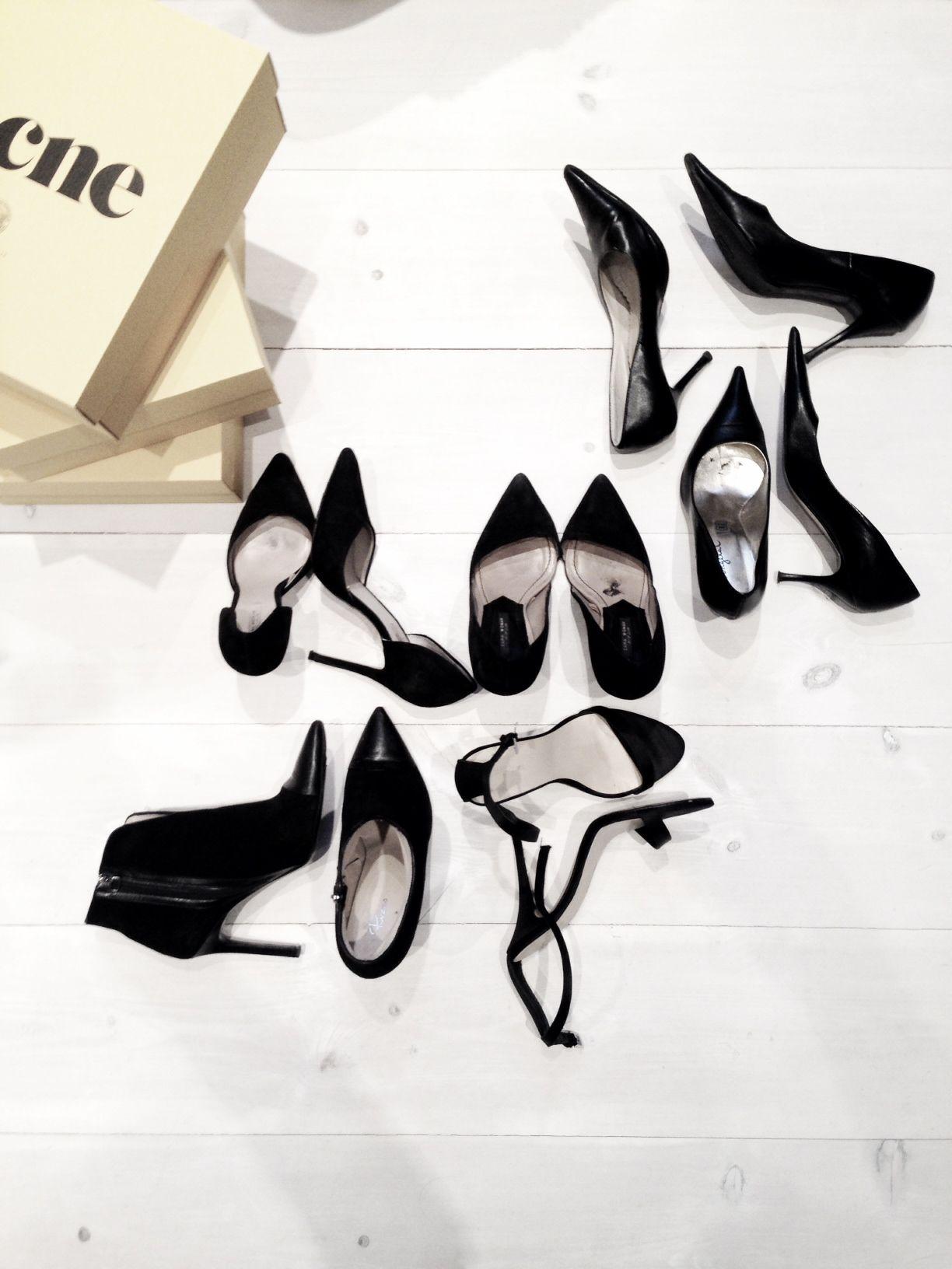 MINIMAL + CLASSIC: black heels