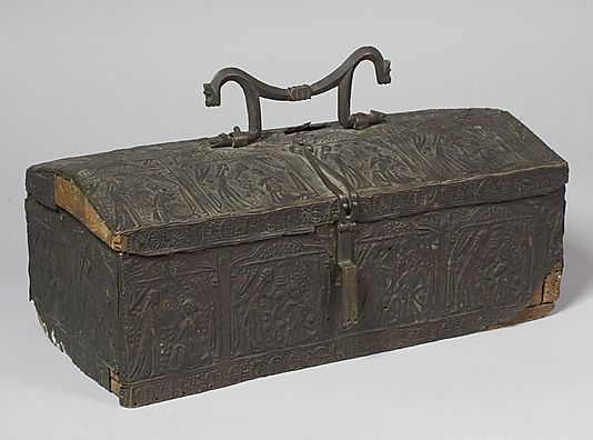 casket 14th century spain boxes coffres small chests. Black Bedroom Furniture Sets. Home Design Ideas