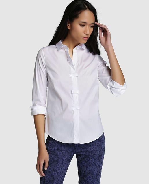 4d494db6c Blusa de mujer Yera en color blanco con lacitos en botonera | MODA ...