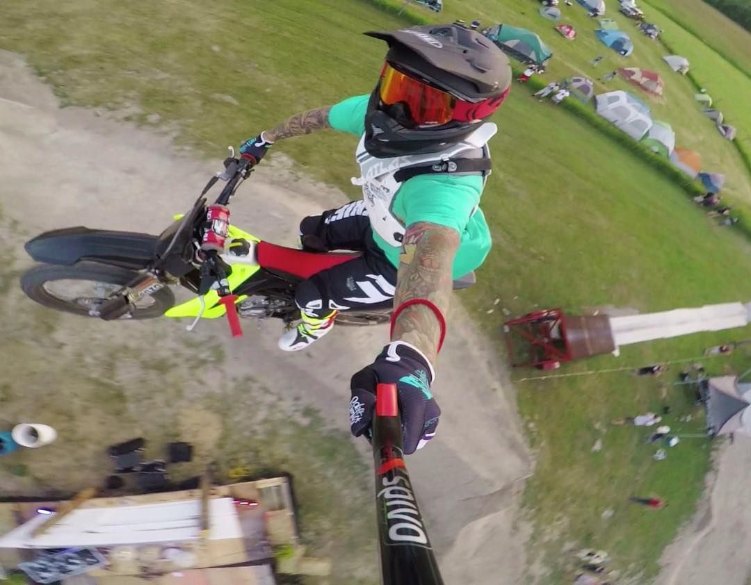 Guy hits an 80 foot gap on his dirt bike with one hand. What?