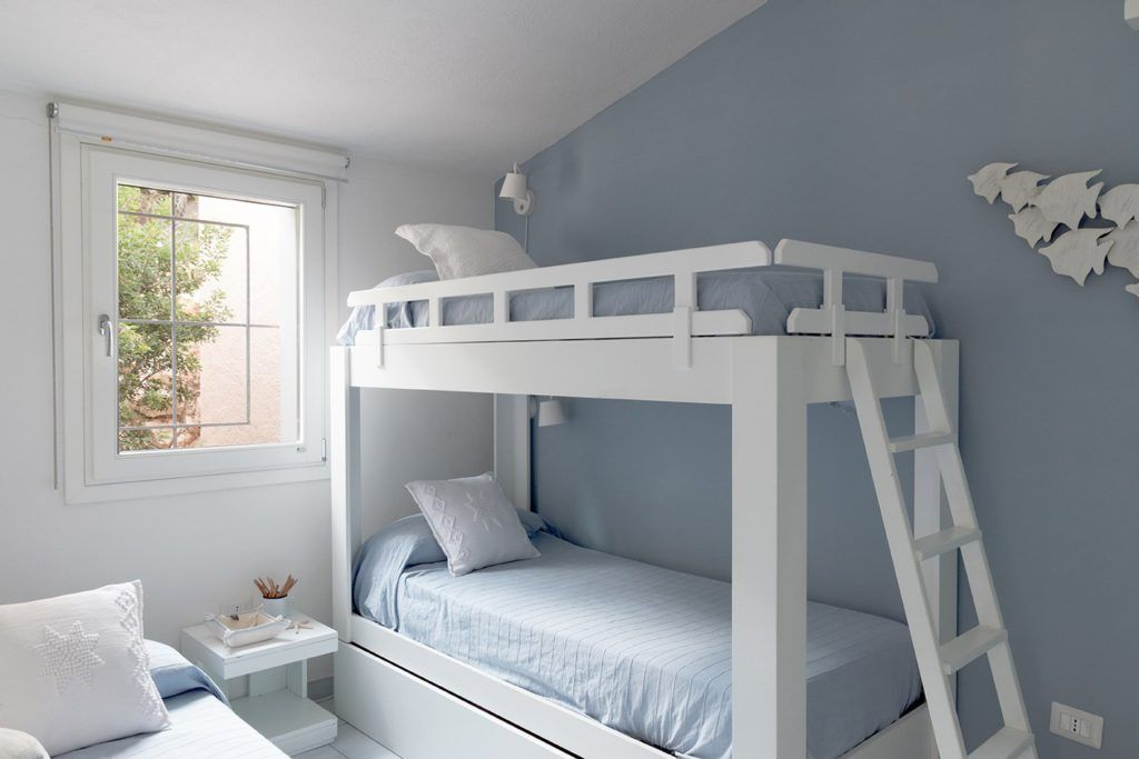 10 colores para hacer que los espacios parezcan m s - Pintar pared dormitorio ...