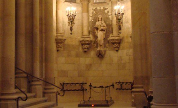 1852 1926 Antoni Gaudí Arquitecto Catalán Localización De La Tumba Sagrada Familia Barcelona Modernisme