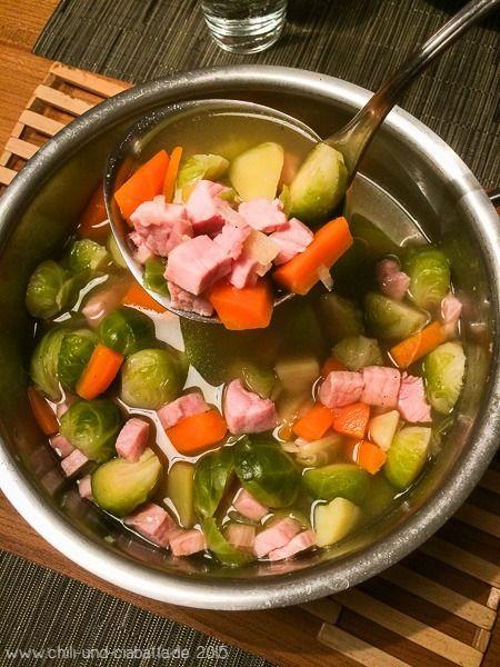 Rosenkohl-Kartoffel-Suppe mit Kasseler