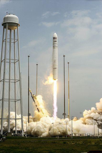 Antares Orb-2 Launch   Flickr: Intercambio de fotos