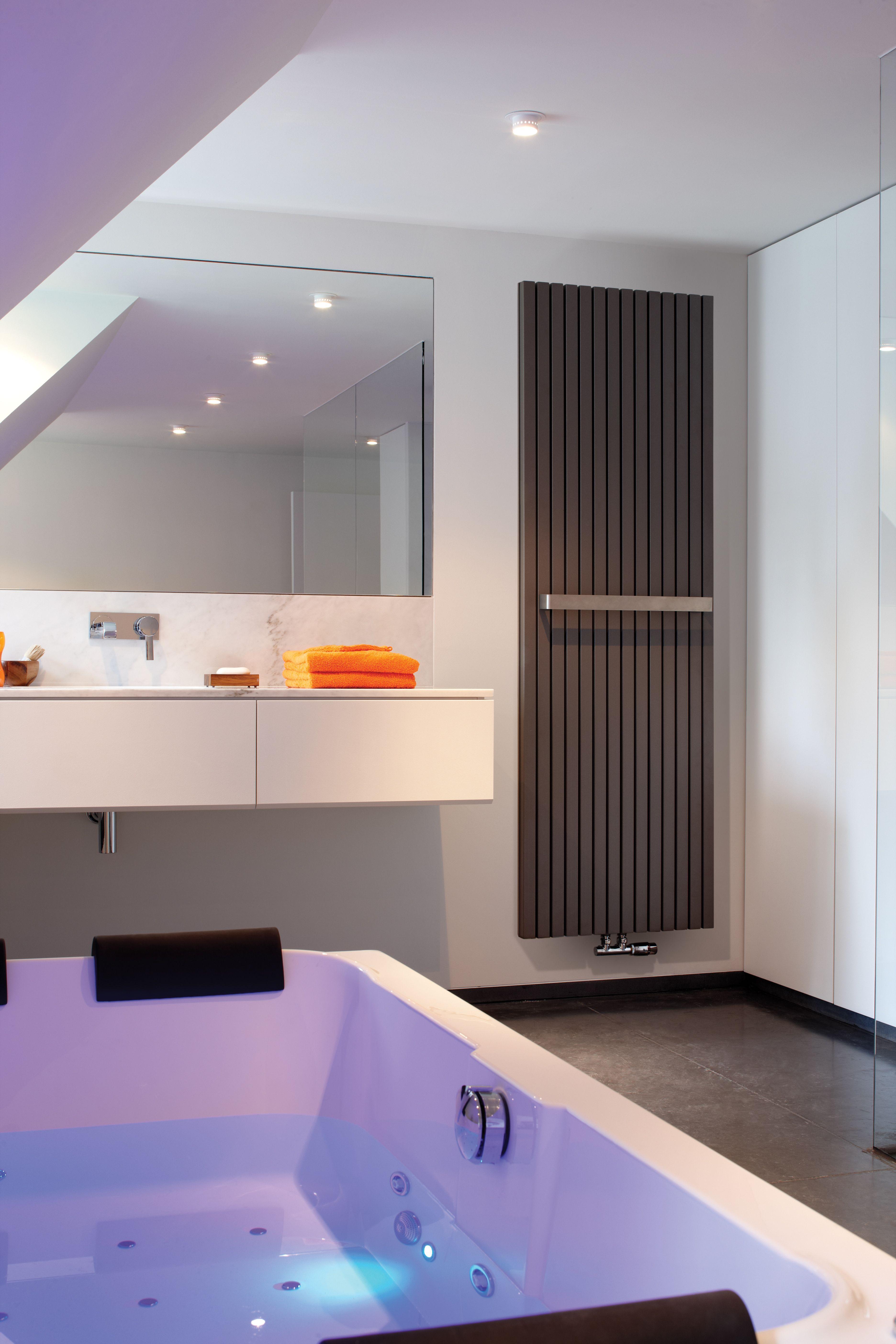 designradiator van jaga stoere vierkante verwarmingselementen