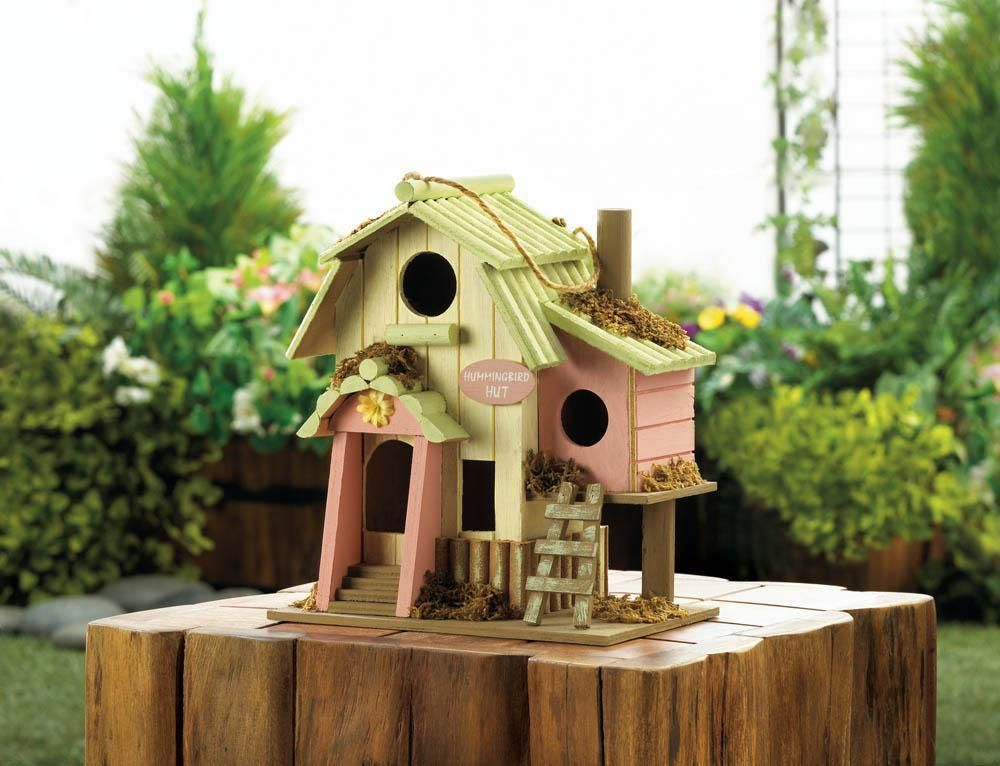 HUMMINGBIRD HUT BIRDHOUSE Decorative bird houses, Cool