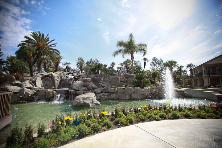 holland park west in fresno california for an outdoor wedding venue