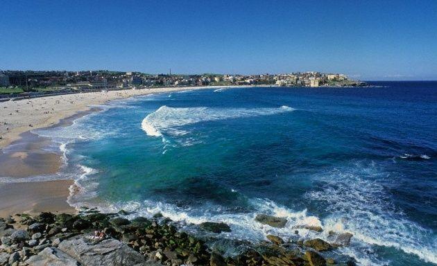 Bondi Beach, Sídney, Australia. Surfeando al otro lado del mundo.