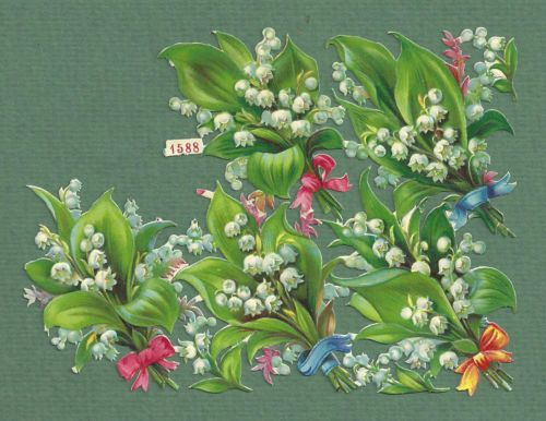 SMALL-PARTIAL-SHEET-OF-VICTORIAN-SCRAPS-BUNCHES-OF-LILY-OF-THE-VALLEY