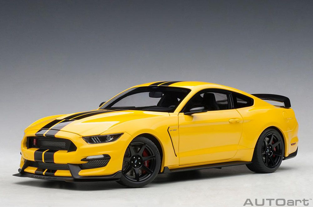 AUTOart 72932 Ford Mustang Shelby GT350R Triple Yellow with Black 1:18 Scale