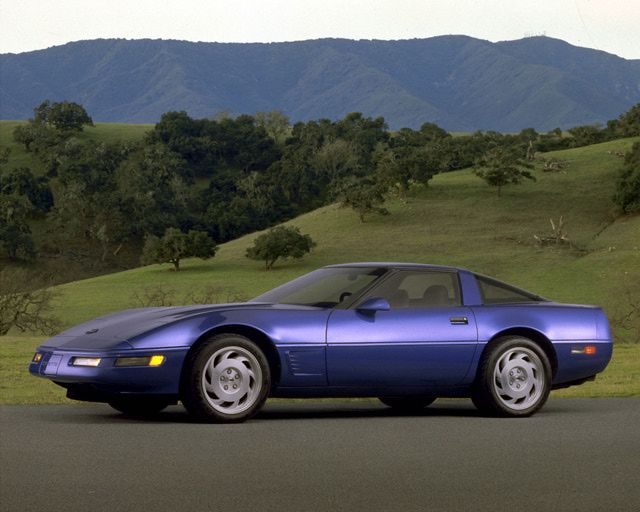 5 Affordable Corvettes Worth Considering 1990 1995 C4 Zr1 20 000 40