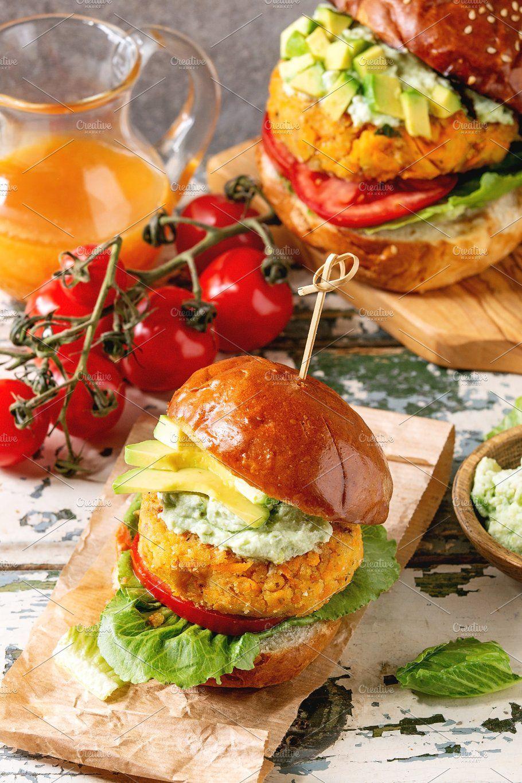 Vegan Burgers With Carrot In 2020 Vegan Burgers Fast Healthy Meals Food