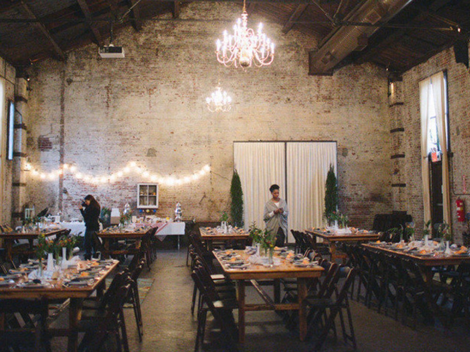 The Green Building Wedding The Hitch Brooklyn Wedding Venues Carroll Gardens Wedding Venue Costs
