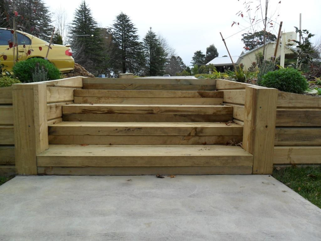 timber retaining wall design photo album typatcom - Timber Retaining Wall Design