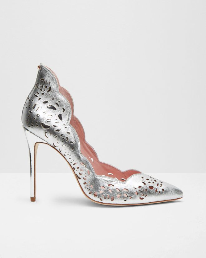 2334702ff227 Metallic bow leather court shoes - Silver Color