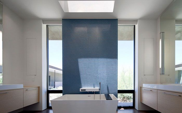 Shower under the stars - 20 luxury bathrooms with skylights. More information: http://wonderdump.com/shower-under-the-stars-20-luxury-bathrooms-with-skylights/
