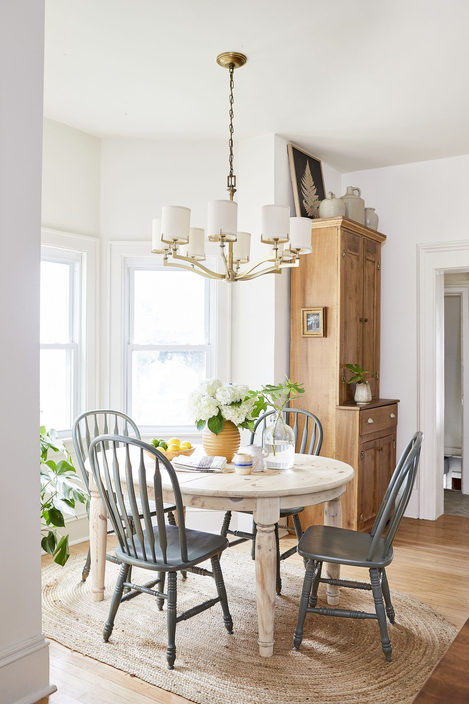 Decorate On A Budget With These Creative Style Tips And Tricks Farmhouse Dining Rooms Decor Casual Dining Rooms Farmhouse Dining Room