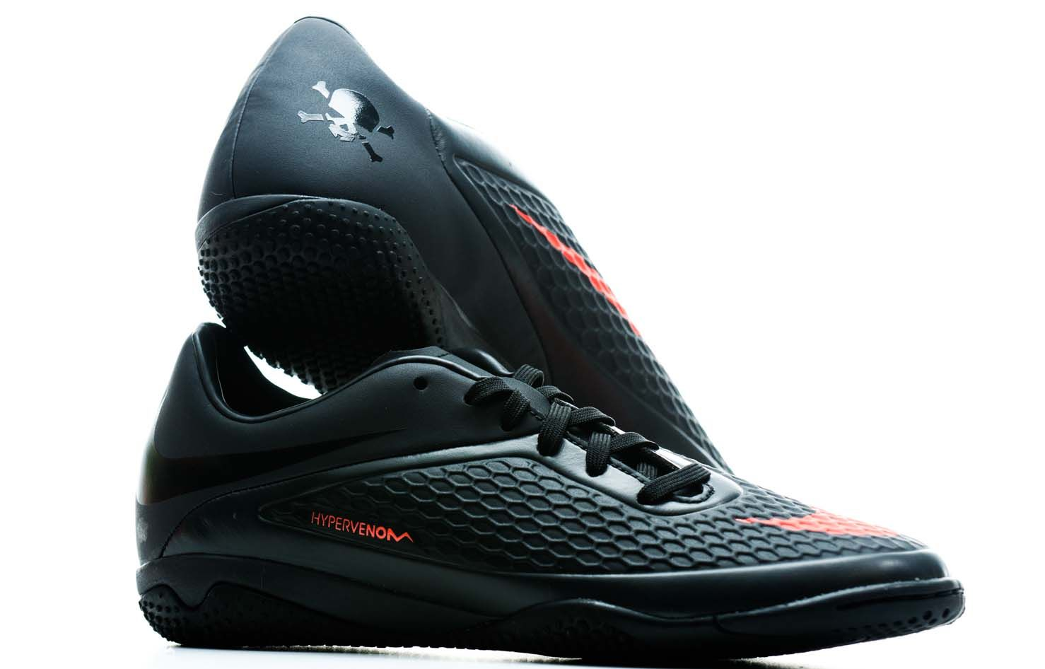 Nike Hypervenom Phelon Indoor Soccer Shoes Charcoal 67 49 Nike Soccer Shoes Soccer Shoes Football Shoes