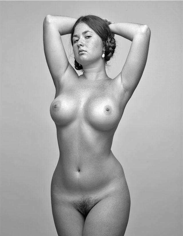 gf nude phone pics