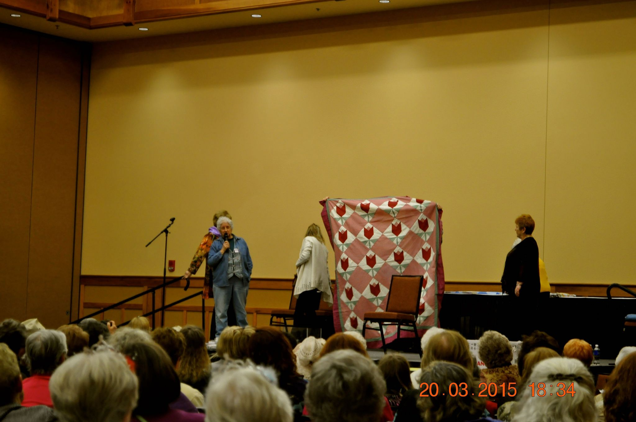 https://flic.kr/p/rKtkFB   2015 March 20 Quilt Show in Leconte Convention Center Pigeon Forge, Tn   2015 March 20 Quilt Show in Leconte Convention Center Pigeon Forge, Tn