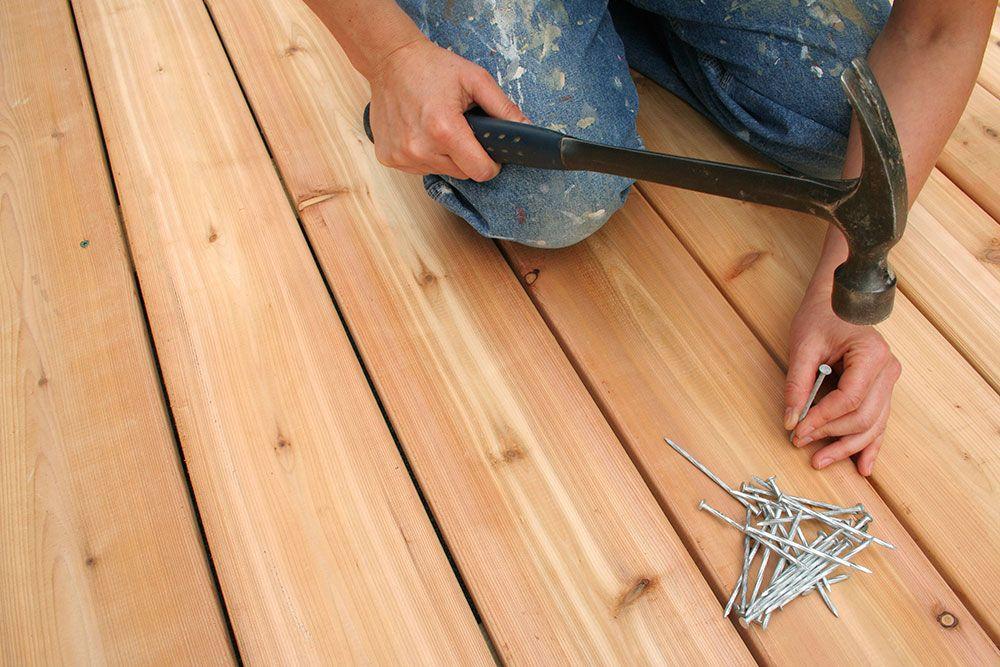 Sådan bygger du selv en træterrasse. Det skal du bruge af grus ...