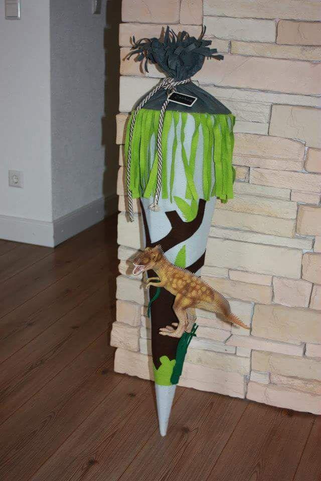 Schultüte für kleine Dino Fans
