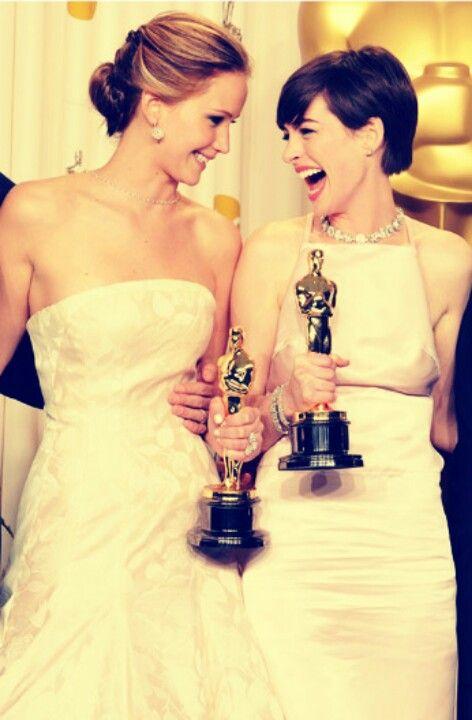 Ann Hathaway & J Law! | Jennifer lawrence, Celebrities ...