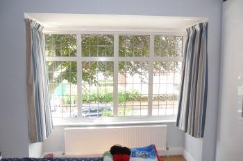 Bay Window Curtain Rails 4 Jpg 350 233 Bay Window Living Room Bay Window Curtains Bay Window Exterior