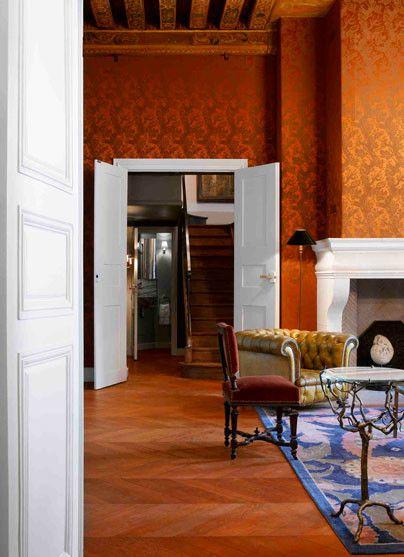 Jacques Grange Un Appartement Place Des Vosges A Paris Le Blog De Haute Decoration Over Blog Com Appartement Place Des Vosges Grange