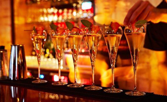 Cocktails im Buddha-Bar Hotel Budapest