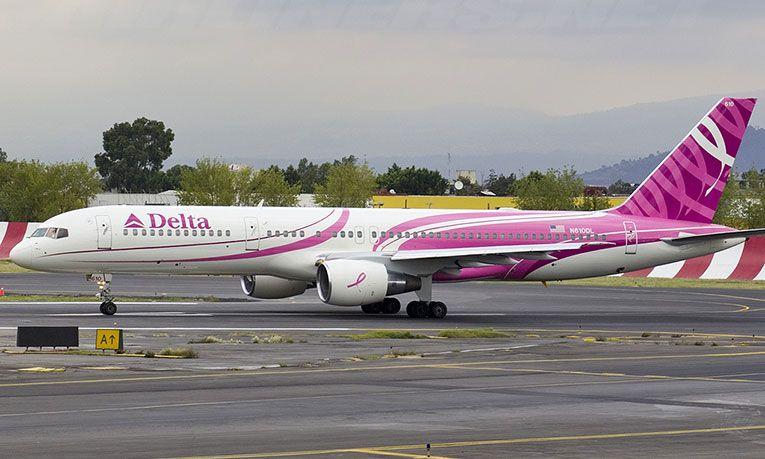 Avión Rosa, impulsará campaña contra cáncer de mama