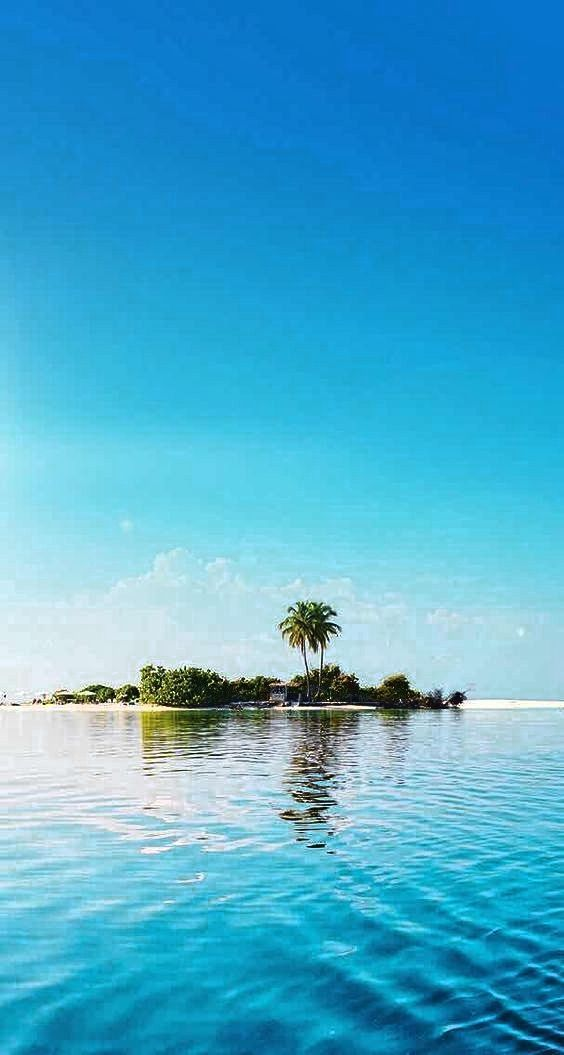 20 Most Beautiful Islands In The World Travel Den In 2020 Island Wallpaper Beautiful Wallpapers Beach Wallpaper