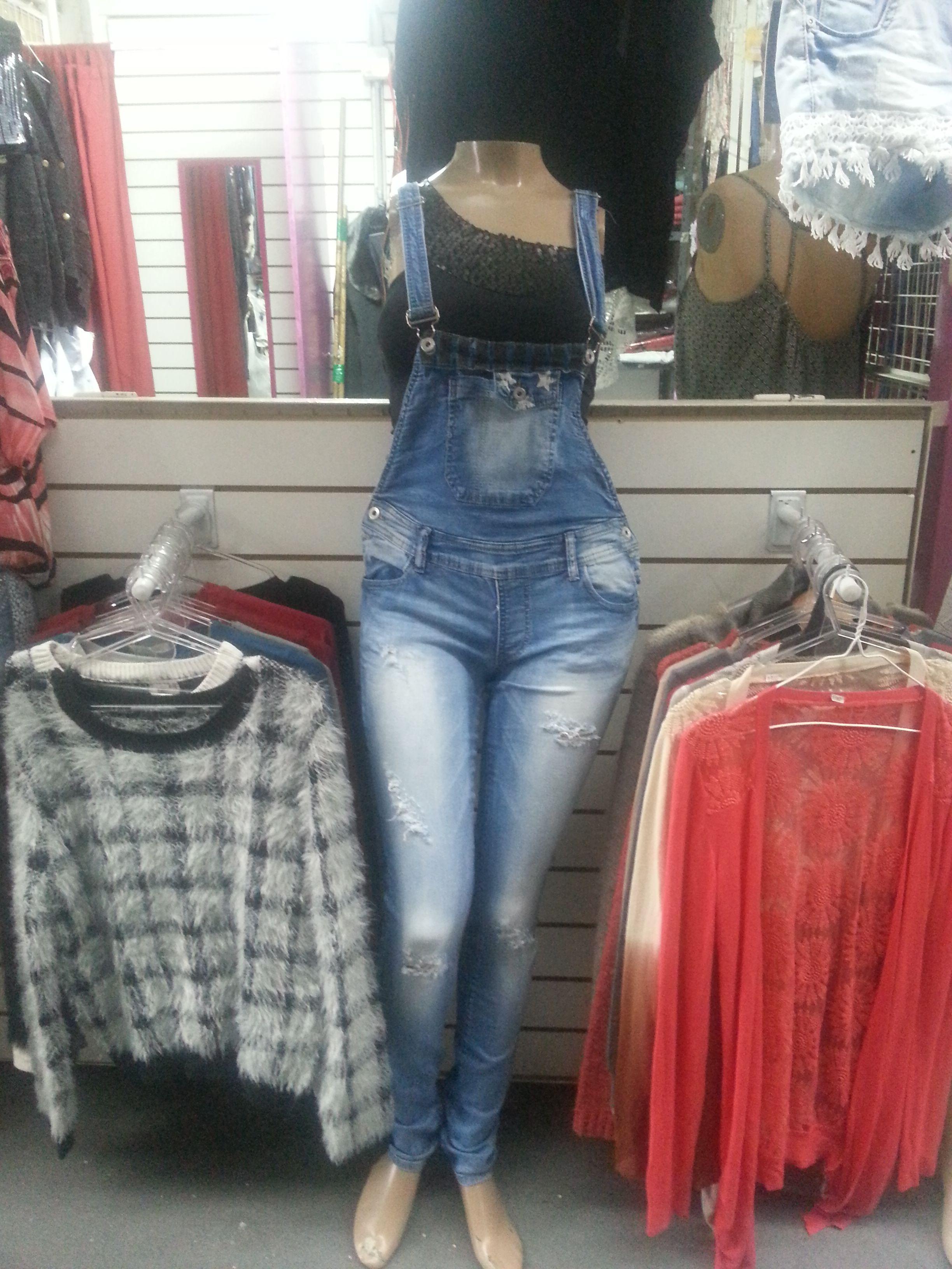 Ropa de hombre y mujer. Jeans. Camperas. Chalecos. Todos los talles. Somos fabricantes