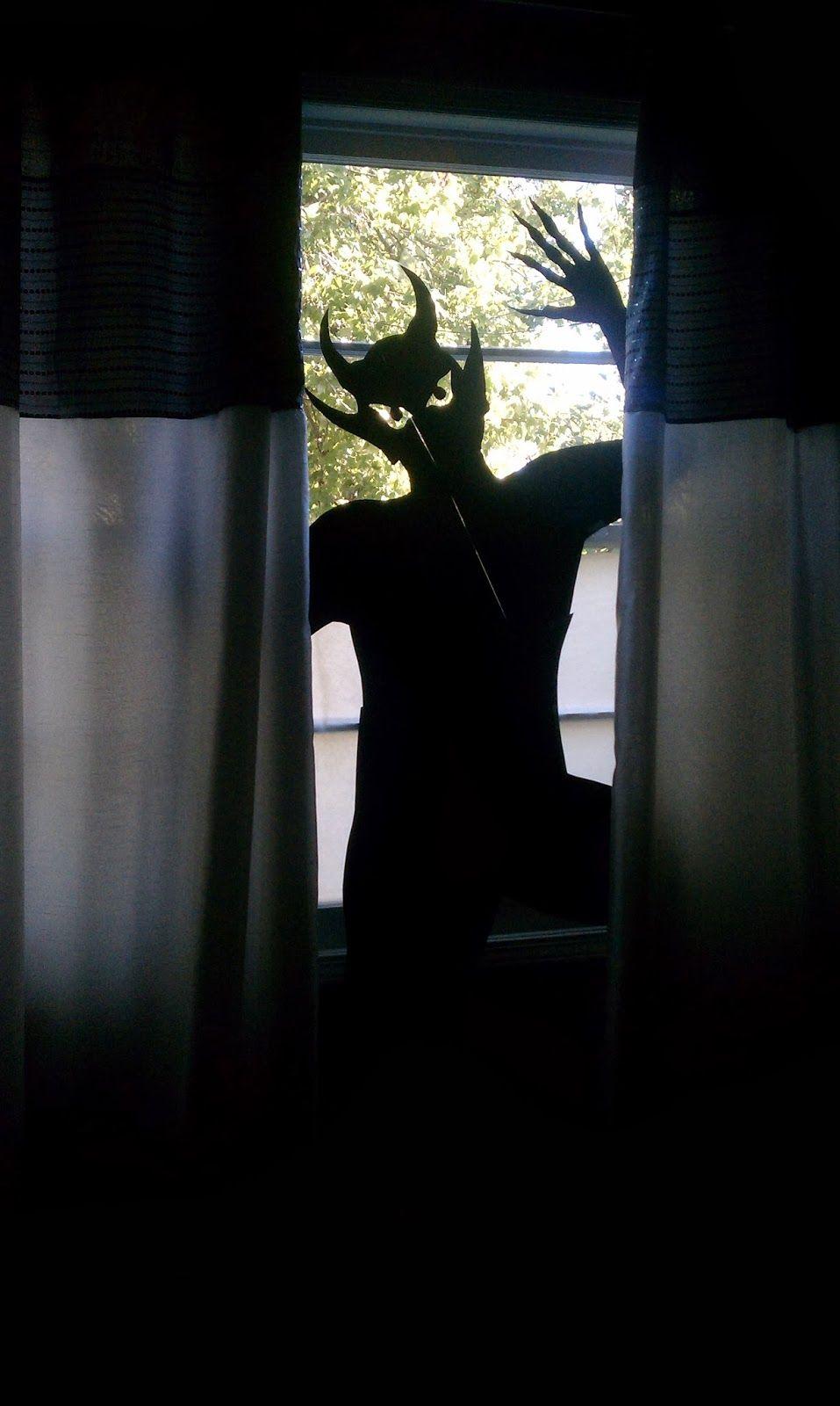 DIY Halloween Window Silhouettes