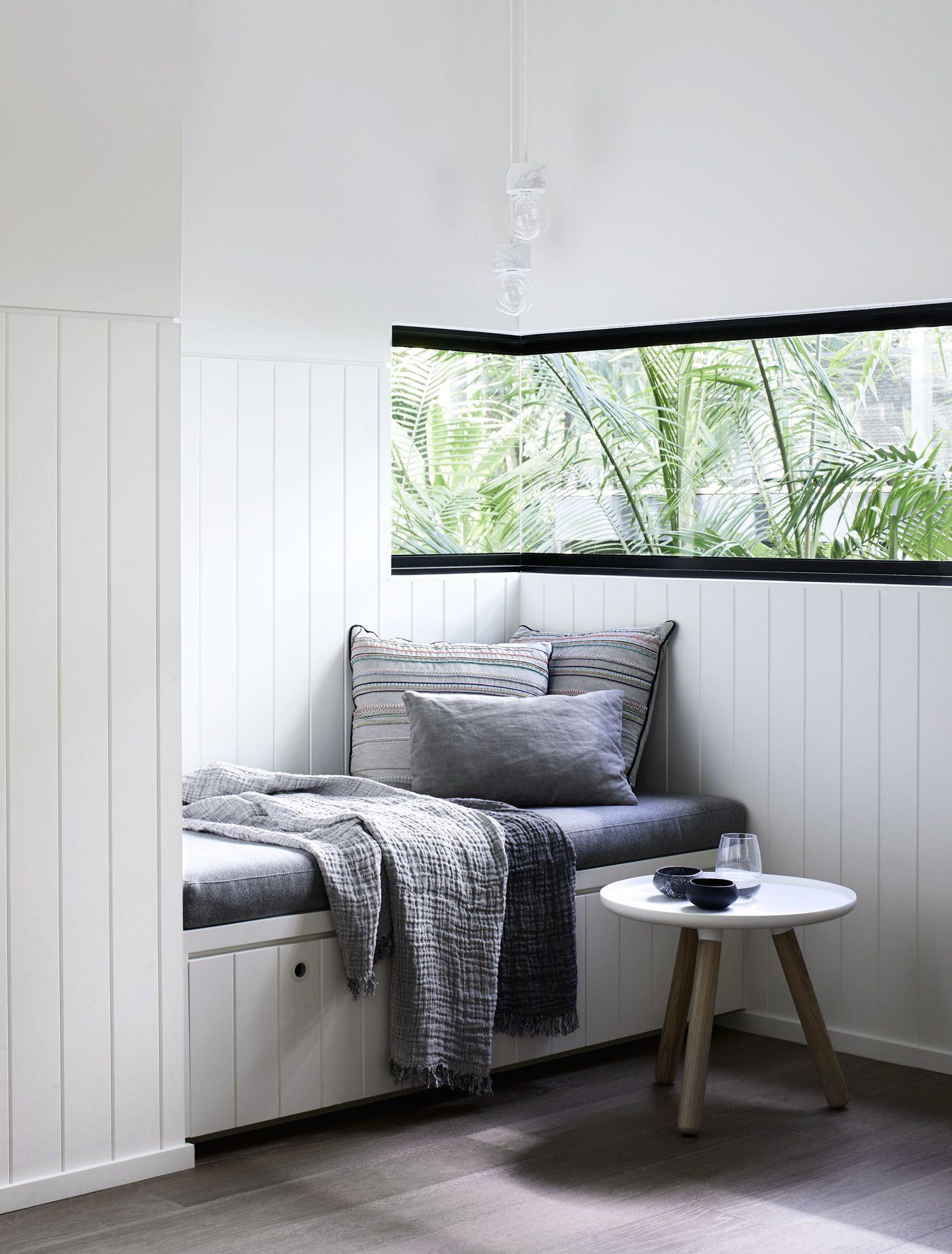 Rlc residence edge of rainforest is an external and internal
