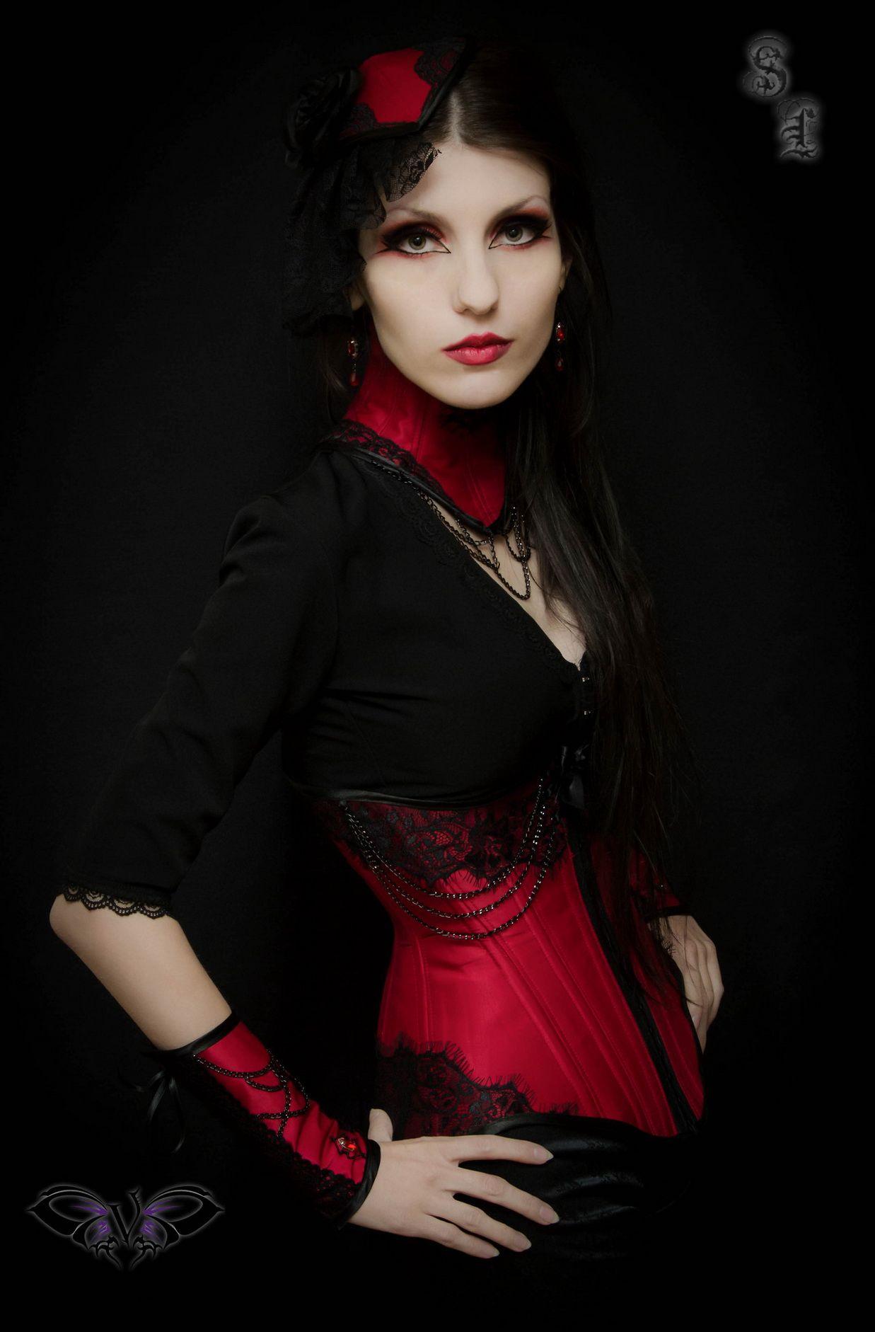 Victorian goth victoriangothtumblr dark lady