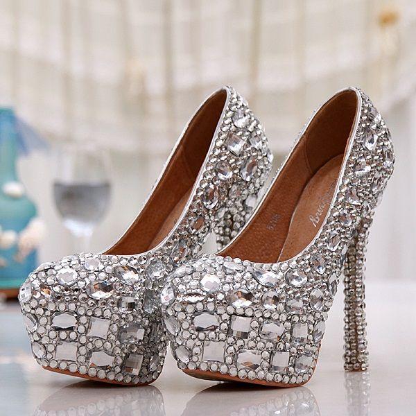 zapatos blancos para mujer extravagante