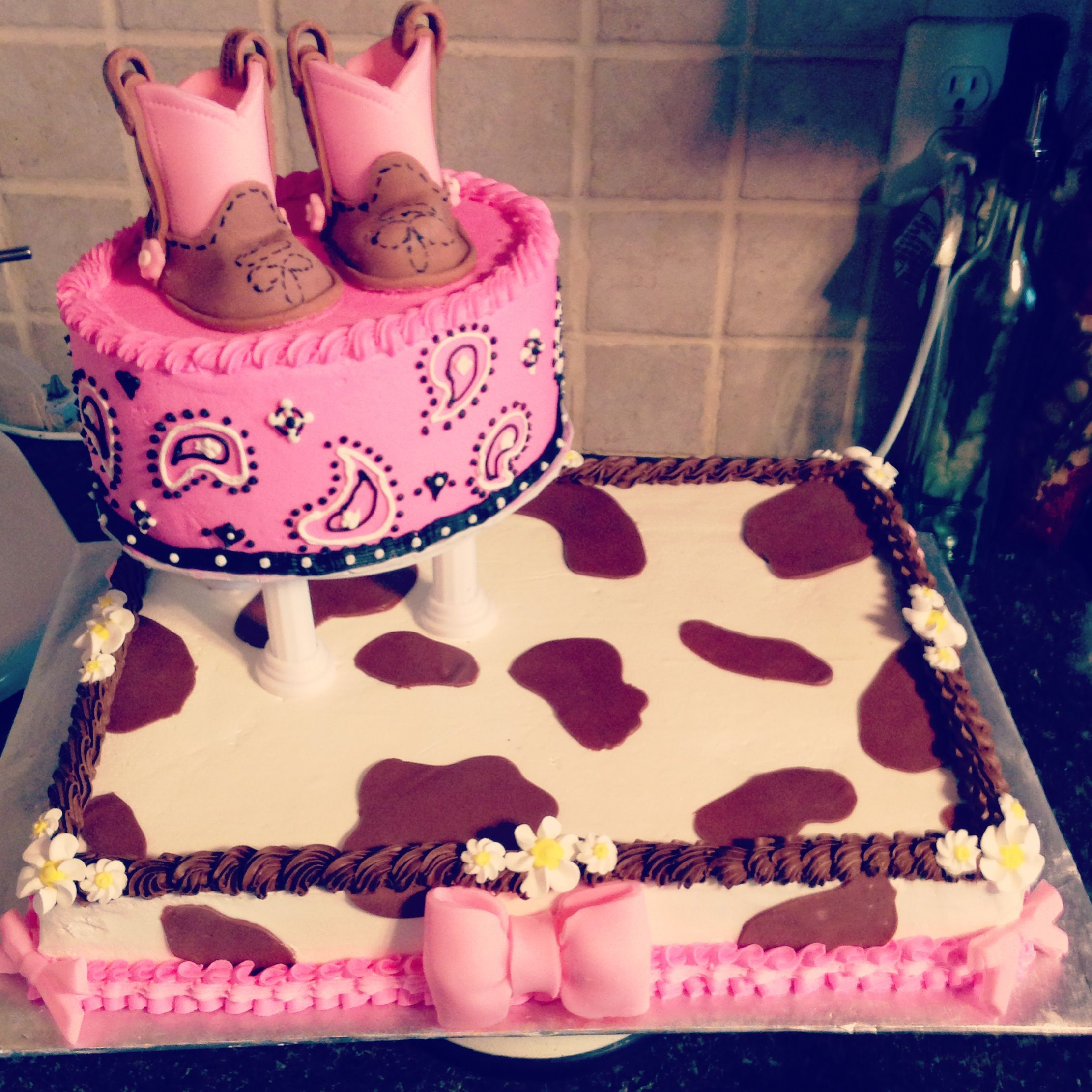 cowgirl baby shower cake buttercream and fondant decorations.