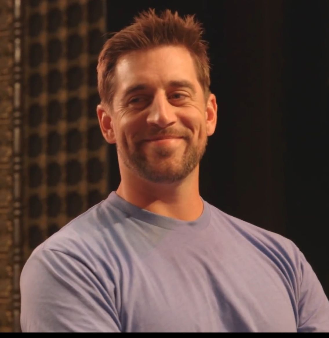 Pin By Maddie Patterson On Packers Football With Images Aaron Rodgers Go Packers Aaron Rogers
