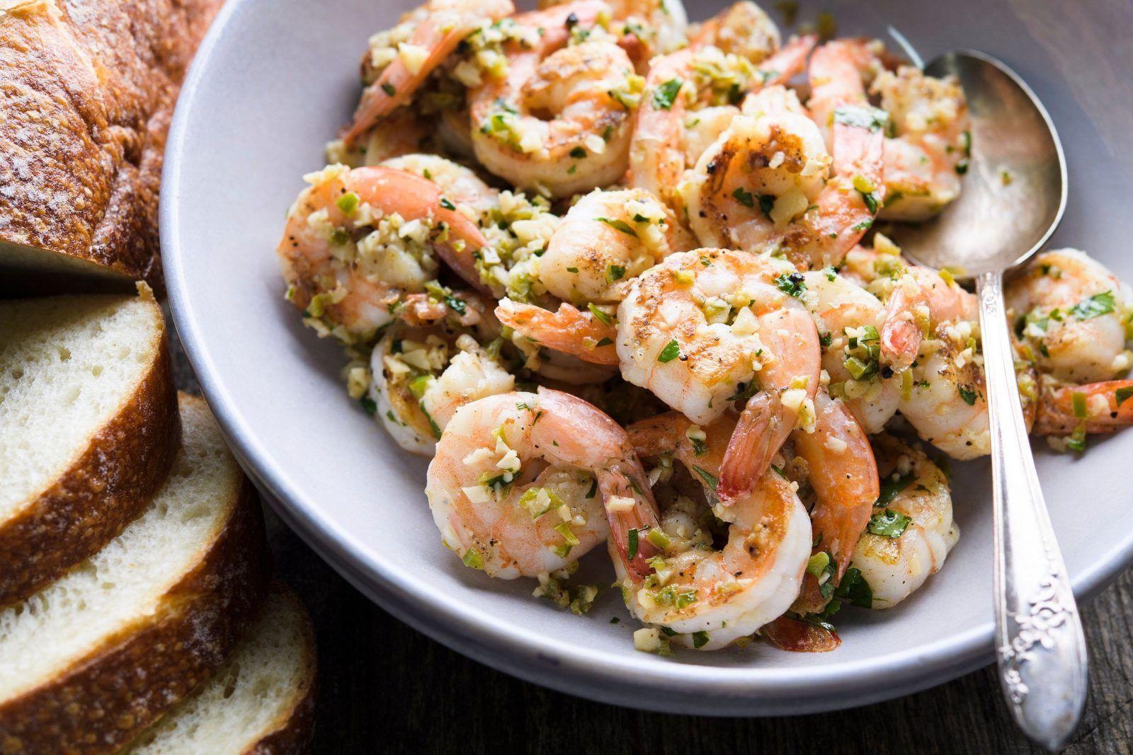 Mexican Shrimp in Garlic Sauce (Camarones al Mojo de Ajo)