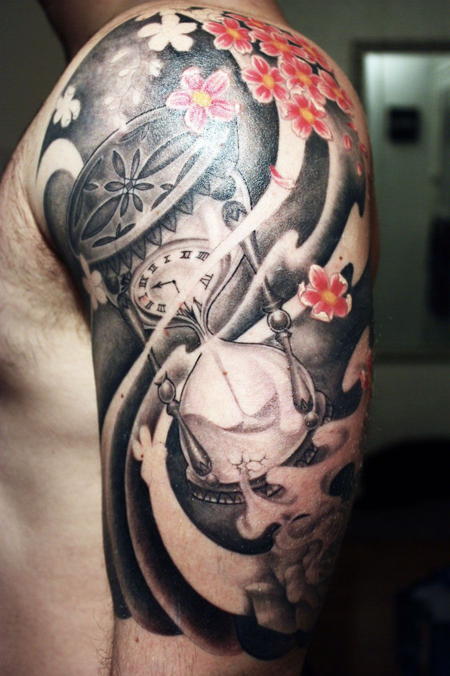 Christmas Ni Kagayaku Half sleeve tattoos for guys