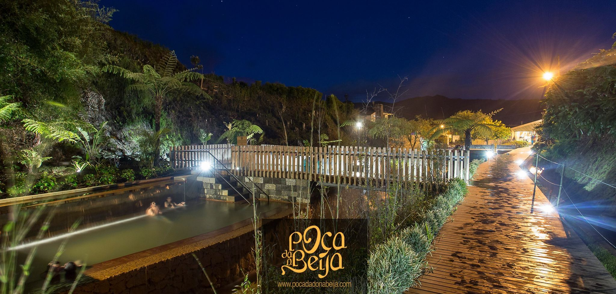 Night time at Poça da Dona Beija #azores #poçadonabeija #thermal #night #pools #piscinastermais #portugal #furnas
