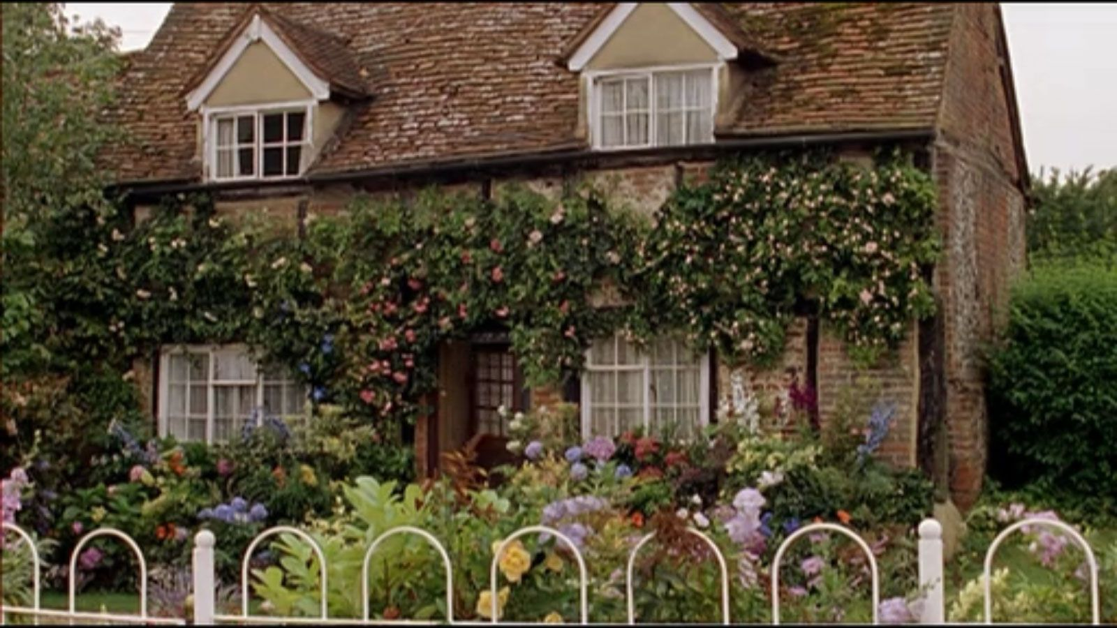 Miss Marple\'s Cottage in St. Mary Mead from the tv series ...
