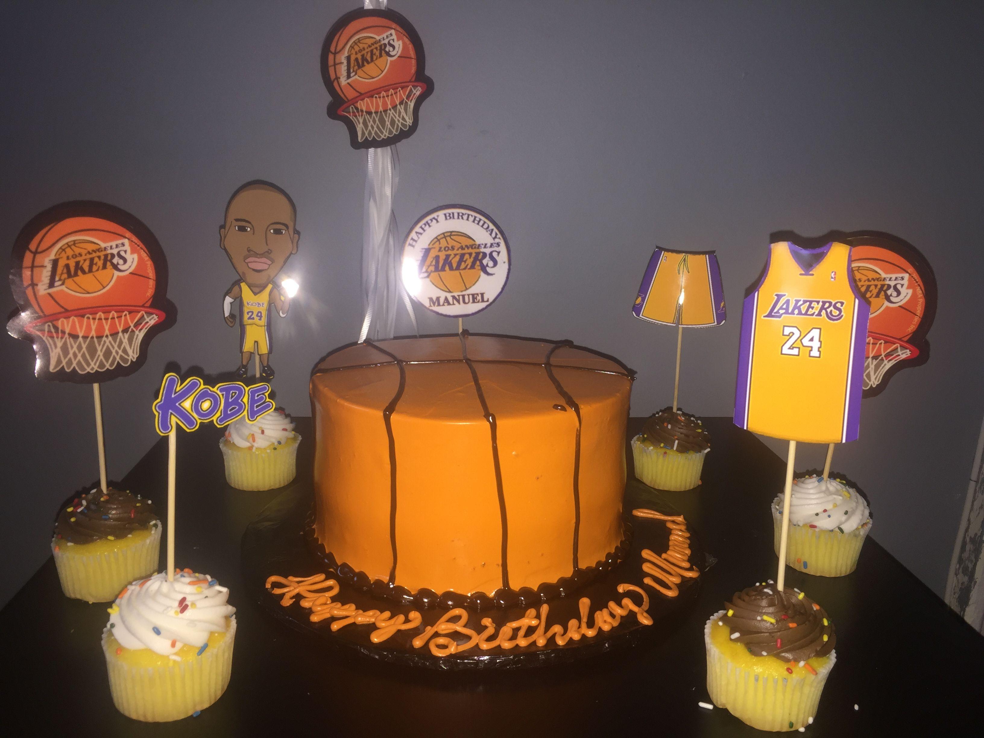 Basketball Birthday Cake & Kobe Bryant topped Cupcakes